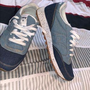 Saucony shoes.